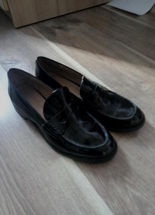 Zara лоферы туфли черные