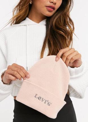 Шапка levi's нежно розового цвета