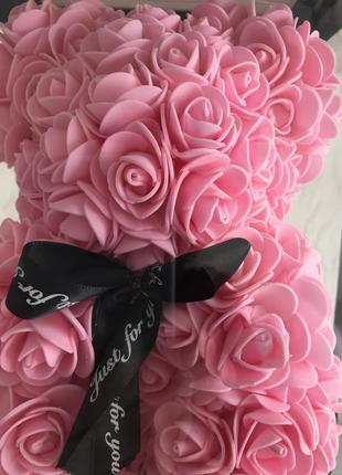 На подарок ! зефирный мишка из роз подарочный вариант