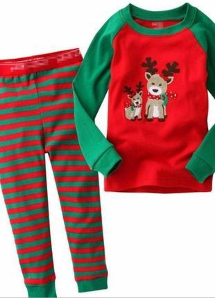 Уютная детская пижама. с новогодней тематикой