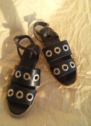 Модные кожаные  босоножки сандалии гладиаторы asos, красивые и комфортные