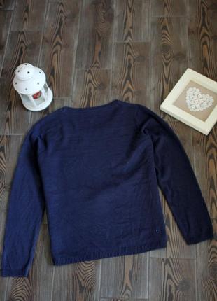 Вязаный новогодний свитер с рождественским принтом4 фото
