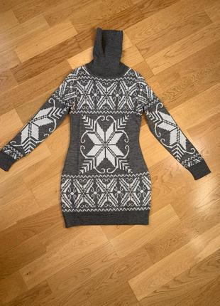 Свитер-платье d&g