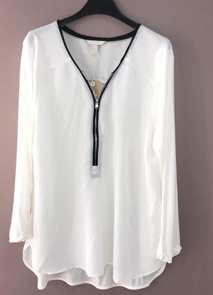 Блуза со змейкой