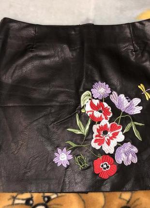 Кожаная юбка размер m -l