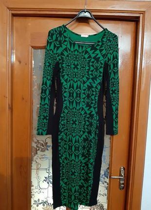 Платье легкий трикотаж