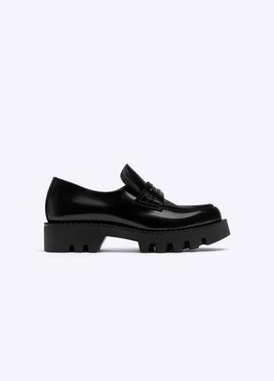Стильные туфли лоферы от uterque оригинал новые 2020