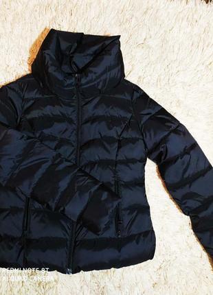 Бомбезна і дуже удобна куртка