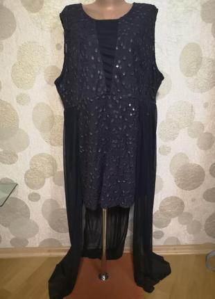 Вечернее короткое платье большого размера