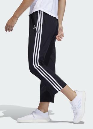 Adidas спотивные укороченые штаны 2019