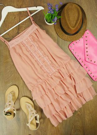 Роскошное платье с воланами в бельевом стиле!