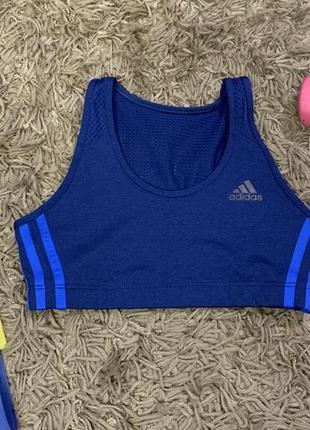 Оригинальный синий спортивный топ adidas