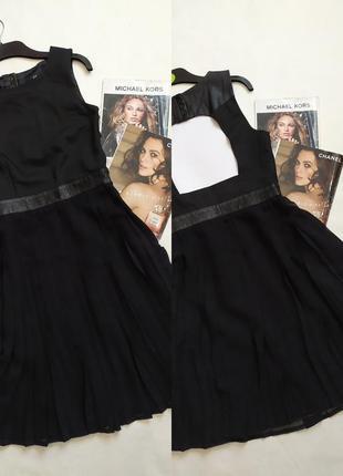 Трендовое платье с кожаными вставками и открытой спинкой !