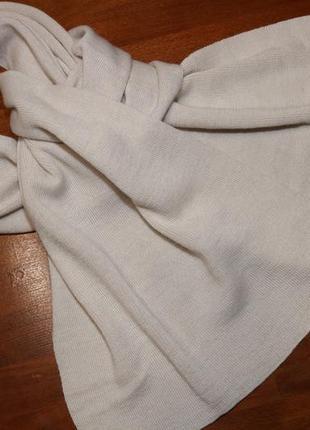 Светло-песочный шарф от calvin klein