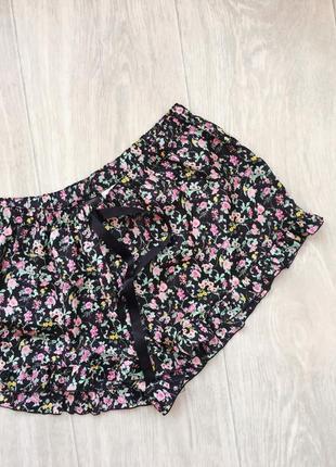 Спальные шортики h&m s-xs чёрные в цветочек