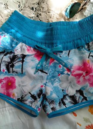 Гавайские пляжные шортики