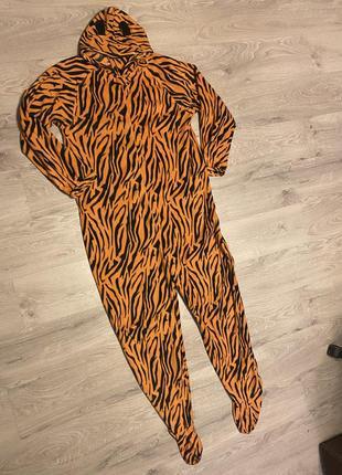 Клевая пижама кигуруми флисовая тигровая с ногами