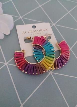 Яскраві сережки кільця, серьги гвоздики, яркие серьги кольца accessorize asos