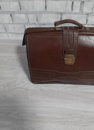 Чемодан сумка раритет очень крутая винтаж