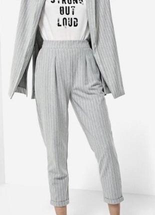 Штаны stradivarius джогеры в белую полоску