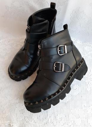 Gelsomino ботинки кожанные на тракторной подошве с шипами street style утеплены