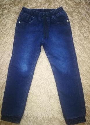 Зимние джинсы на резинке