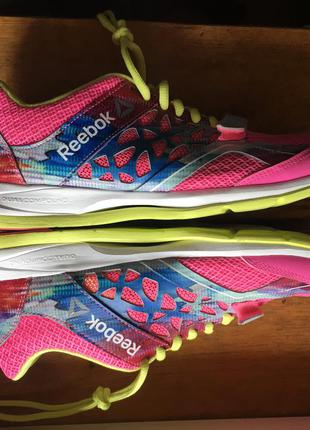 Оригинальные кроссовки на липучке для фитнеса  reebok