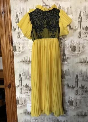 Платье (участвовало в показе мод)