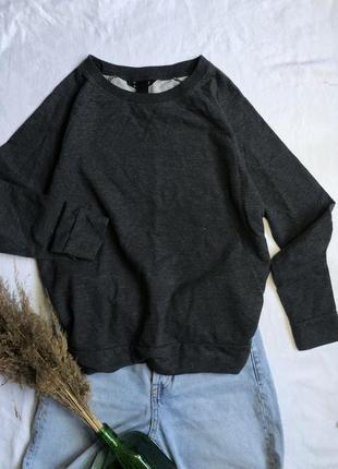 Темно серый свитер