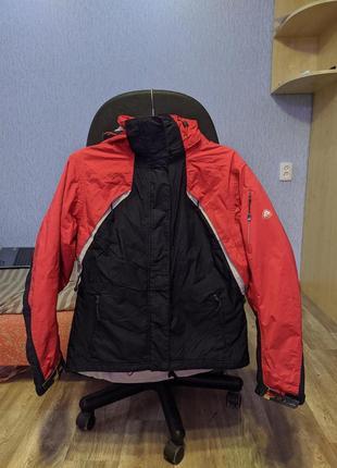 Nike acg курточка касрасная ветровка с капюшоном не промакает