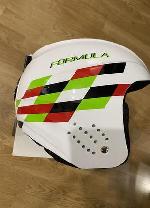 Горнолыжный шлем от бренда elan