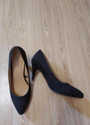 Стильные туфли лодочки, не большой каблук fiore matalan