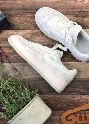 Фирменные кроссовки nike из дышащей сетки из культовой серии air