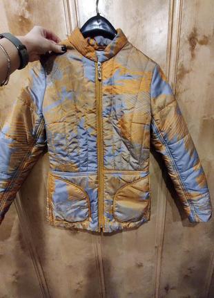 Куртка деми приталенная