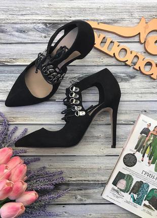Стильные туфли asos с декоративной шнуровкой и открытыми боковинами