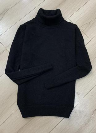 Чёрный гольф водолазка из мягкой шерсти мериноса
