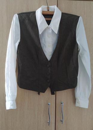Блузка 2 в 1 : блузка с велюровой жилеткой