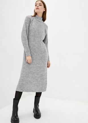 Свободное полушерстяное теплое платье-туника