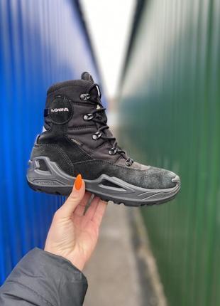 Lowa сапожки детские  35 размер оригинал  gore tex ботинки