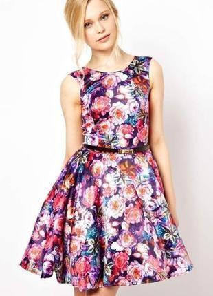 Невероятное романтичное платье 3d цветочный принт c пышной юбкой открытой спинкой