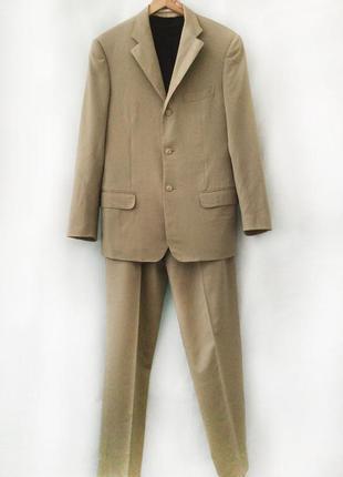 Мужской костюм из легкой шерстяной ткани, corneliani, италия