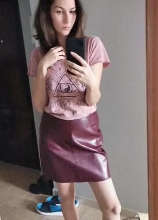 Крутая юбка из эко кожи