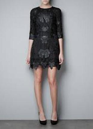 Стильное черное кружевное платье zara
