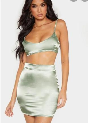 Красивая сатиновая юбка мини prettylittlething