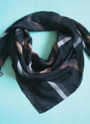 Шелковый платок от gucci