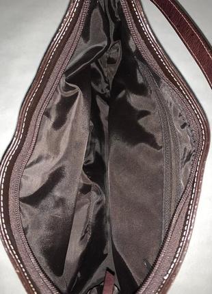 Кожаная фирменная сумочка на / в руку, на плечо marks & spencer.8 фото