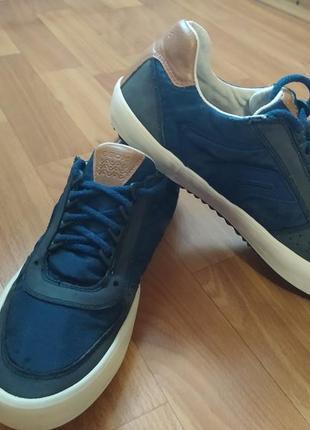 Крутейшие оригинальные фирменные кроссовки