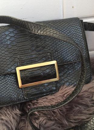 Фактурная сумка под питона