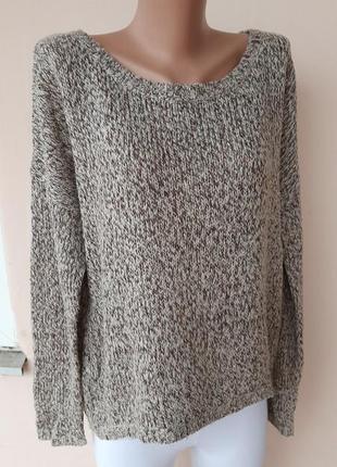 Стильный свитер оверсайс