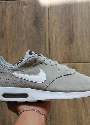Кроссовки nike air max tavas tech fleece